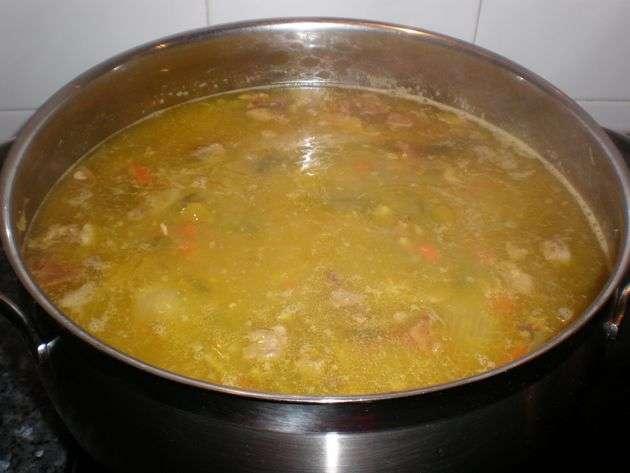 pucherillodeverdura1 - Sopa de caldo de, pucherillo de verdura, con fideos finos