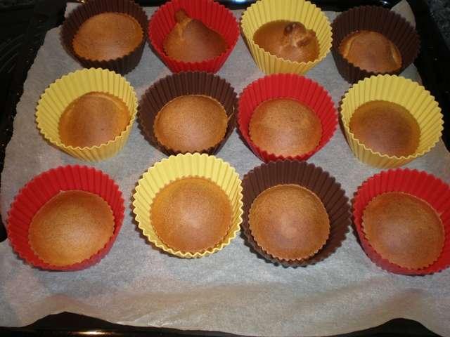 cdzd - Bollitos de huevo calientes