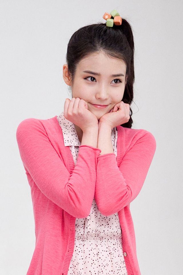 iu slurps down nong shim noodles for tv commercial couch